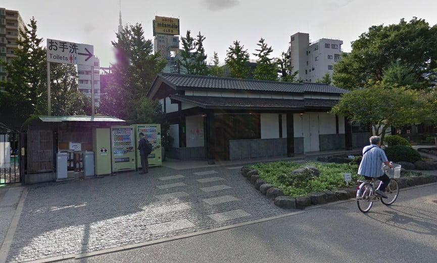 浅草境内・東側公衆トイレ (2)
