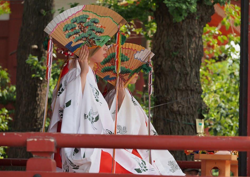 浅草・三社祭・巫女舞奉奏