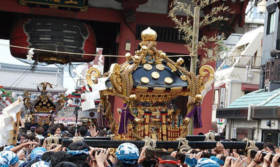 浅草神社・三社祭・神輿