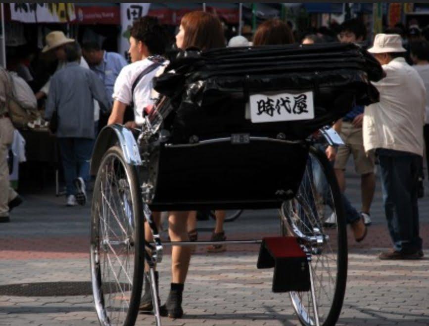 浅草・人力車「時代屋」